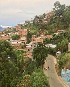 Moravia Medellin road